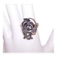 Art Nouveau Revival Ring Rose with Clear Rhinestone