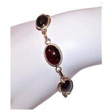 Designer Signed Carla 14K Gold Cabochon Garnet Link Bracelet
