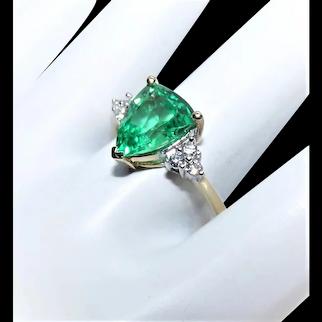 10K Gold 1.50CT Green Topaz .18CT TW Diamond Fashion Ring - Cocktail Ring