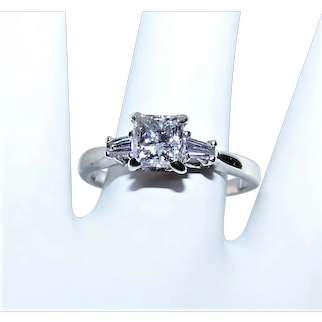 14K Gold .90CT Princess Cut Diamond Engagement Ring with .30CT TW Shoulder Tapered Baguette Diamonds | Size 7.75