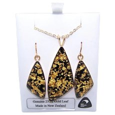 Eastcoast New Zealand Boxed Costume Pendant Necklace and Earrings | Gold Leaf Flakes in Resin