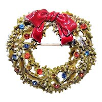 Designer Signed ART Christmas Wreath Pin - Gold Tone Metal Enamel and Rhinestones