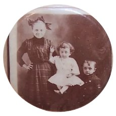 Antique Victorian Celluloid Picture Pin of 3 Children - Possibly a Mourning Brooch of Remembrance