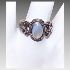 Vintage STERLING SILVER & Mother of Pearl Ring!
