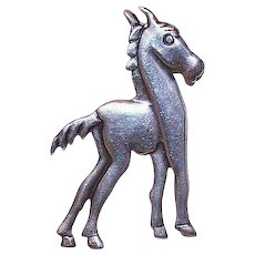 Interesting RETRO MODERN Sterling Silver Pin of a Horse!