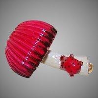 1950s Gold Tone Metal & Enamel Pin/Brooch - Ladybug on a Mushroom!