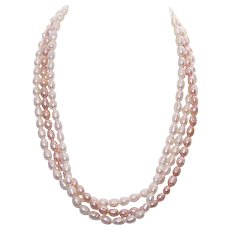 Vintage 3-Strand FRESHWATER PEARL Necklace with Gold Filled Clasp - Cream & Peach Pearls!