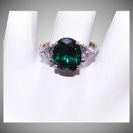 Vintage STERLING SILVER & Cubic Zirconia/CZ  Fashion Ring - White & Emerald Colored Stones!