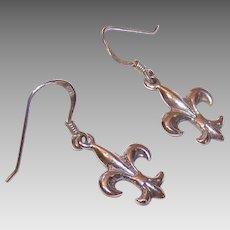 Vintage STERLING SILVER Pierced Earrings - Fleur de Lis Drops!