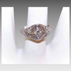 ART DECO 14K Gold & .15CT Diamond Filigree Engagement Ring!