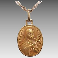 C.1930 FRENCH 18K Gold Religious Medal - Saint Therese * St Thérèse of Lisieux!