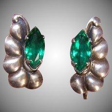 RETRO MODERN Sterling Silver & Green Rhinestone Screwback Earrings!