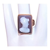Antique Victorian 10K Rose Gold Carved Sardonyx Agate Cameo Ring