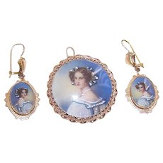 Italian 14K Gold Portrait Pendant Earrings