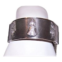 Silver Tone Metal Bracelet w/Elizabethan Figures
