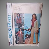 Vintage SUIT Pattern - McCalls 4651, Marlo Thomas