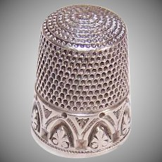Vintage STERLING SILVER Thimble - Sewing, Size 8, Arch Design, Engraved NJN