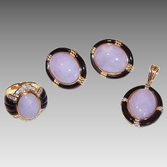 Vintage 18K GOLD Jewelry Set - Diamonds, Lavender Jade, Onyx - Ring, Earrings and Pendant