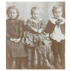 VICTORIAN Cabinet Card - Siblings, Not Happy About Having Their Photo Taken
