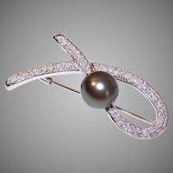 Vintage 18K GOLD Pin - 11.5mm, Grey Tahitian Pearl, 1.30CT TW, Diamonds, Modernist, Brooch