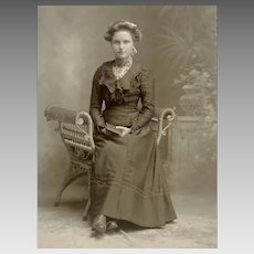 VICTORIAN Cabinet Card Photo - Young Lady, Graduate, Book, Wicker Chair