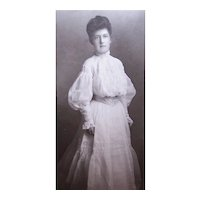 C.1900 B&W Photograph of Young Lady All in White Cotton