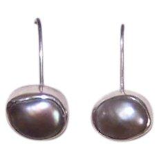 Vintage STERLING SILVER Earrings - Grey Cultured Pearls, Asymmetrical, Pierced