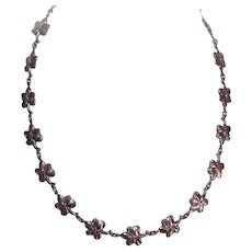 Vintage STERLING SILVER Necklace - Floral Links, Simply Stylish