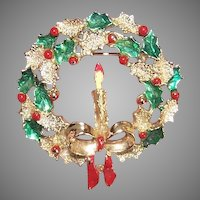 Vintage Christmas Costume Pin by Gerrys - Wreath with Red Berries Holly Candle
