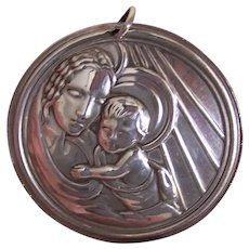 1993 Towle Sterling Silver Mother and Child Christmas Ornament