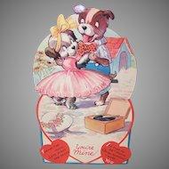 1940s USA Honeycomb Valentine | 2 Puppies Dancing