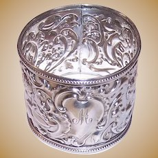 1902 William Comyns Sterling Silver Napkin Ring Cherubs