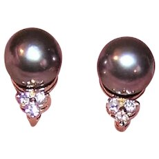 14K Gold 7mm Tahitian Pearl .18CT TW Diamond Earrings