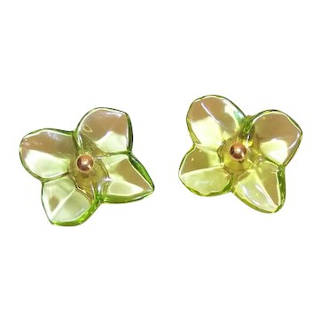 Baccarat 18K Gold Hortensia Lime Green Lead Crystal Clip Earrings