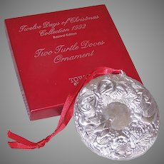 1992 Towle Sterling Silver Christmas Ornament Two Turtle Doves with Box