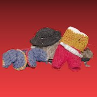 ** Tiny Doll Costume Knitted **
