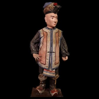 **Papier mache Chinees Doll early 1900***