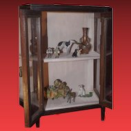 ** Miniature display Cabinet 1900**