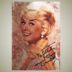 Doris Day: Autograph on Colour Photo. CoA