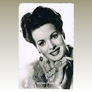 Maureen O' Hara Autograph. Hand-signed Photo with CoA