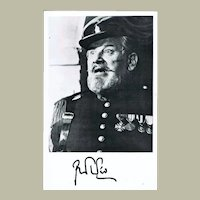 Peter Ustinov Autograph from 1981. Signed Photo CoA