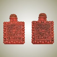 Chinese Vintage Snuff Bottle with Dragon Motif