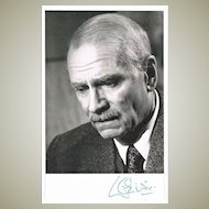 Laurence Olivier Autograph on b/w Photo CoA