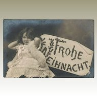 Christmas Photo Postcard with Little Girl as Angel. 1906