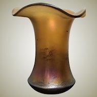 Attractive Art Nouveau Vase iridescent