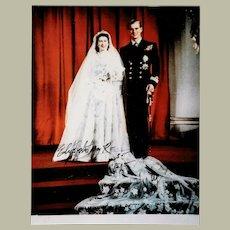 Queen Elizabeth Autograph. Hand signed Photo, co-signed Prince Philip. CoA