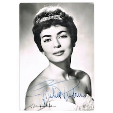 Giulia Rubini Autograph on b/w photo of Italian Actress. CoA