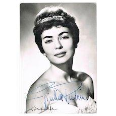 Giulia Rubini Autograph on b/w photo of Italian Actress. CoA