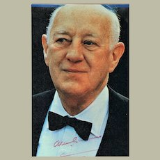 Sir Alec Guiness Autograph on Photo with CoA