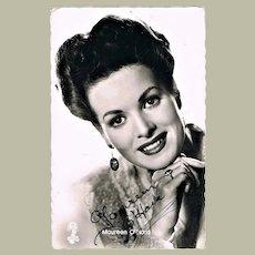 Maureen O' Hara Autograph on Photo CoA